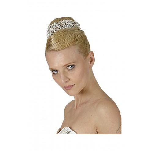 Stunning Princess Style Tiara With Clear Swarovski Crystals