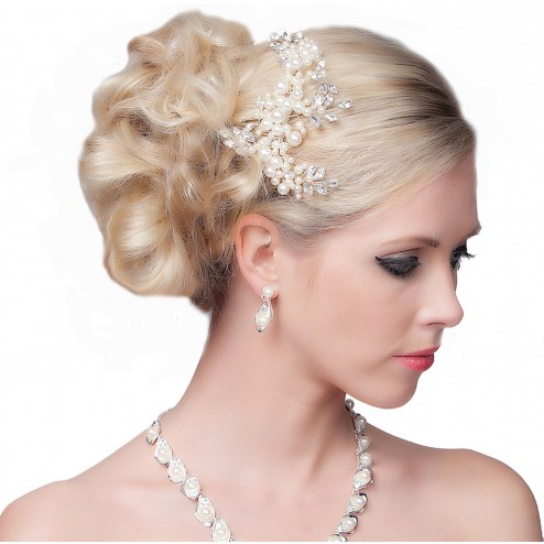 SEXYHER  Stunning Hair Comb With Flowers and Pearls